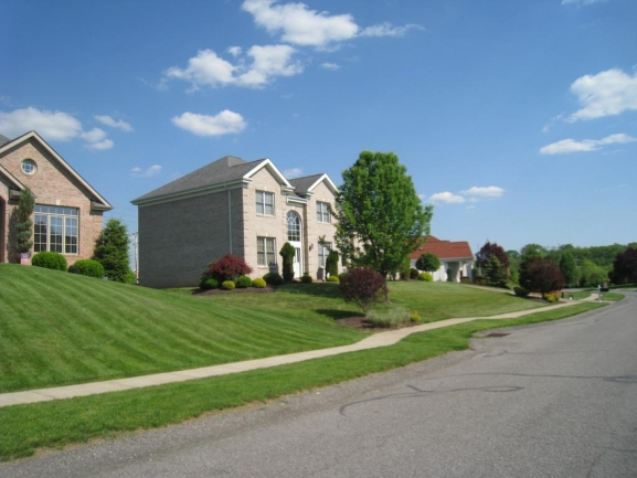 Luxury Homes in Bridgeville, PA